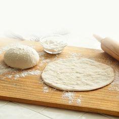 Εύκολη ζύμη για πίτσα μέσα σε λίγα μόλις λεπτά!