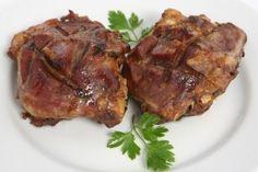 Grilled pork cheeks - Galtes de porc a la brasa - Gastroteca.cat