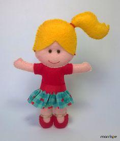 Maria Olívia #artesanato #decor #artesanal #molde #feltro #boneca #costura #infantil #feitoamao #handmade #mariaolivia #maria #tremarias #decoração #marrispe