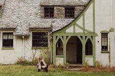 Pamela Greer Photography Senior Session Girl on bench