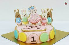 Baby Girl & Le sucre Birthday Cake Angel Food Cake Icing cookies decorations