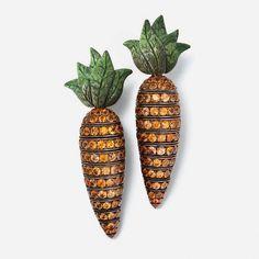 Carrot, Vegetable and fruit jewelry by Hemmerle and de Grisogono Thanksgiving Cornucopia, Orange Sapphire, High Jewelry, Jewellery, Jewelry Box, Schmuck Design, Copper Earrings, Beautiful Earrings, Carrots