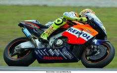 Rossi on his 2002 Honda RC 211V