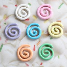 Cupcake Toppers... Swirls for $8.71 @ caljava online