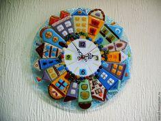 """Часы для дома ручной работы. Ярмарка Мастеров - ручная работа. Купить Часы """"Городок"""" стекло, фьюзинг. Handmade. Городок, часы"""
