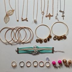 HUGE 30 PIECE JEWELRY BUNDLE NO OFFERS Price is firm. Everything pictured will be included. Several items not pictured will be included as well as several duplicates. Boutique Jewelry Necklaces