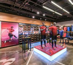 Nike Retail Interior I NTK 2016  l Nike Cevahir by Dusmekan Design I Istanbul I Dusmekan See more here: www.dusmekan.com