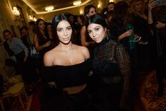 Kim Kardashian West confessed to trying every treatment for psoriasis, including using her own sister Kourtney's breast milk. Cute Couples Cuddling, Cute Couples Texts, Cute Couples Goals, What Is Psoriasis, Kardashian Style, Kourtney Kardashian, Doterra, Scalp Psoriasis Shampoo