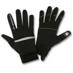 Mitten/gloves that are magnetic