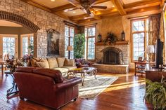 25 Beautiful Family Room Designs: www.homeepiphany.com