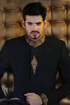 Mens New Black Wedding Designer Embroidery Coat Indo Western Sherwani India Fashion Men, Indian Men Fashion, Indian Bridal Fashion, Mens Fashion Suits, Japan Fashion, Mens Indian Wear, Indian Groom Wear, Indian Suits, Wedding Dresses Men Indian