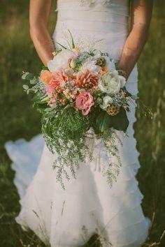 Photography By / krishollandphotography.com, Floral Design By / grassvalleyflorist.com