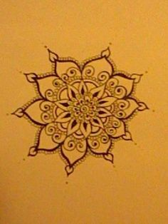 saw this design on a friend who had gotten some henna done