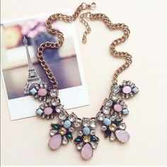 Mary Jane Statement Necklace Nwt