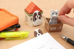 Add a cute touch to your desk with these adorable kitty sticky notes sitting in a little cardboard box!