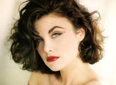 Sherilyn Fenn (Feb. 1st) ~ Aquarius Women: Don't pin her down to a stereotype because she will more than likely buck all expectations and be exactly what you do not expect her to be. More than anything, she is the ultimate non-conformist.
