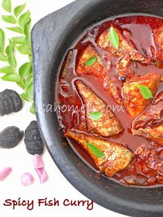 Spicy Fish Curry....with step by step picture tutorial. #keralarecipes #nadanmeencurry  #kottayam