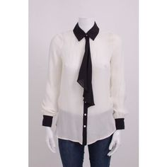 Pre-Owned Haute Hippie White Black Contrast Ruffle Button Up Silk... (4,090 INR) ❤ liked on Polyvore featuring tops, blouses, white, white button down shirt, black and white polka dot shirt, button up shirts, short-sleeve button-down shirts and button down shirts