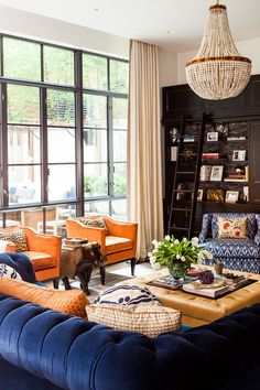 Step Complimentary Colour Scheme (orange and blue) Blue And Orange Living Room, Orange Dining Room, Blue Rooms, Burnt Orange Rooms, Burnt Orange Decor, Light Orange, Blue Orange, Living Room Color Schemes, Living Room Colors