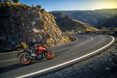 A first look at KTM's 2017 Duke 390, which was unveiled at the 2016 EICMA show in Milan, Italy.