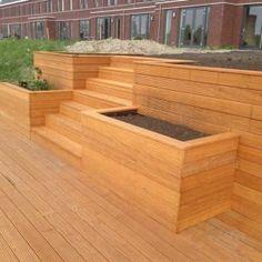 vlonder met brede trap Planter Boxes, Planters, Garden Stairs, Backyard, Patio, Garden Pond, Outdoor Living, New Homes, Home And Garden