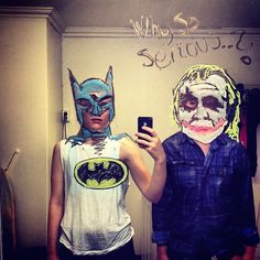 What if Batman and the Joker took a selfie together? Helene Meldahl decided to find out., artist has more fun with selfies than most, combining mirrors with her love of doodling to create her masterpieces. Mirror Selfie Quotes, Mirror Selfies, Troll, Best Selfies, Mirror Art, Mirrors, Guache, Photo Series, Geek Girls