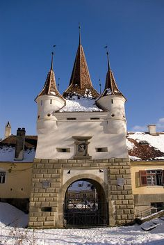 """Saint Catherine Gate - Brasov, Romania """"The """"The more than 500 years old. survived from medieval times. next to Catherine's Gate, built in a small mountain in the middle of the city. Beautiful Places To Visit, Places To See, Bulgaria, Brasov Romania, Transylvania Romania, Visit Romania, Romania Travel, European Travel, Travel Europe"""