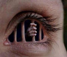La cárcel de tus ojos