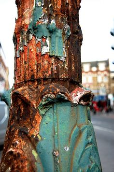 I just adore rust!~ nature's splash of interest on manmade metal...such a wonderful pairing of two worlds!