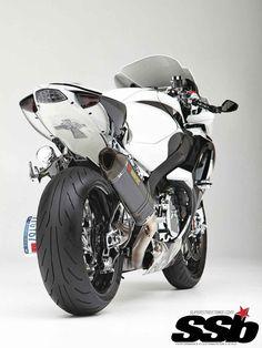 2008 Suzuki GSX-R1000   Snowball Effect   Super Streetbike