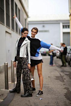 strike a pose. #ManonLeloup & #PaulineHoarau #offduty in Milan.