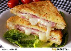 Francouzský toust se šunkou a sýrem recept - TopRecepty.cz Kefir, Sandwiches, Food And Drink, Chicken, Meat, Pizza, Paninis, Cubs, Kai