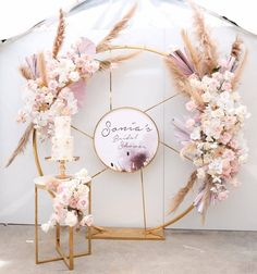 We absolutely adore this bridal shower setup! Soft and subtle tones with the most amazing florals. We absolutely adore this bridal shower setup! Soft and subtle tones with the most amazing florals. Birthday Balloon Decorations, Backdrop Decorations, Diy Wedding Decorations, Backdrops, Wedding Stage, Wedding Events, Dream Wedding, Wedding Backdrop Design, Event Decor