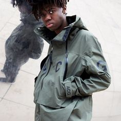 NIKELAB ACG ALPINE JACKET - New shots and interview wie Errolson Hugh. Check the link on facebook and don't forget to enter the launch list on techwear.shop (via gq.com) #nike #nikelab #acg #acronym #acrnm #gyakosou #isaora #arcteryx #visvim #techwear #stoneisland #thenorthface #adidas #y3 #goretex #sportswear #streetwear #outdoorwear #urbanwear #activewear #rainwear #undercover #urban #shop #superfuture #backpack #jacket