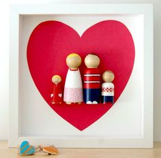 Love everything about these custom peg doll family portraits on Etsy.