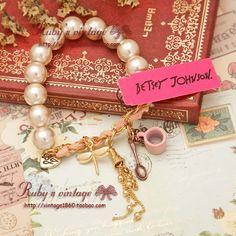 Pulsera de perlas borla rosa