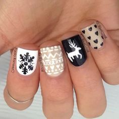 winter holiday nail art #StyleScavenger
