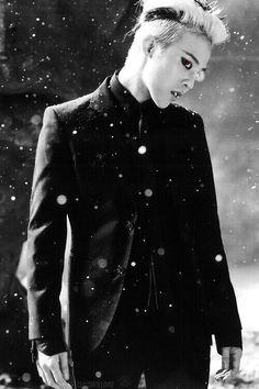 Bigbang 50102614583545114 - G-Dragon (Kwon Ji Yong ) ♡ – Coup D'état Source by Daesung, Vip Bigbang, G Dragon Black, G Dragon Top, Ji Yong, Jung Yong Hwa, G Dragon Fashion, Gd & Top, Big Bang Top