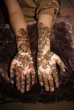 pretty Mehndi Book, Mehendi Arts, Walima, Indian Outfits, Indian Clothes, Henna Designs, Indian Fashion, My Style, Pretty