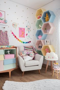 Mommy experts share Kid's Bedroom Storage Ideas That Are A Must See! Clever Storage and Beautiful Designs Create the Perfect kids room design also for a toddler Boy room and toddler girl room Girl Bedroom Walls, Room Ideas Bedroom, Small Room Bedroom, Baby Room Decor, Diy Bedroom, Nursery Decor, Kids Bedroom Girls, Girls Bedroom Decorating, Girl Nursery