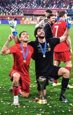 Liverpool Champions, Liverpool Players, Fc Liverpool, Liverpool Football Club, Liverpool Fc Wallpaper, Steven Gerrard, Zinedine Zidane, Ac Milan, Chelsea Fc