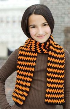 Super Easy Scarf Free Crochet Pattern from Red Heart Yarns