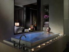 love a big bath tub