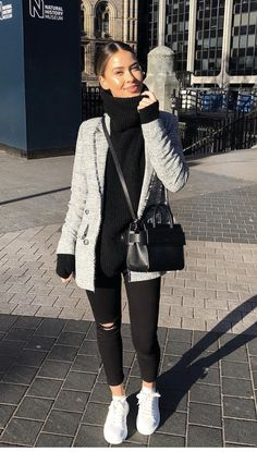 (notitle) & Andrea guimaraes (notitle) & Andrea guimaraes & & The post (notitle) & Andrea Guimaraes & Mode appeared first on Mode für Frauen . Cold Day Outfits, Winter Date Outfits, Cute Date Outfits, Uni Outfits, Date Outfit Casual, Winter Outfits Women, Casual Summer Outfits, Mode Outfits, Trendy Outfits