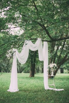 simple chic wedding arch ideas outdoor wedding 15 Budget Friendly Wedding Backdrops and Arches with Trees for Outdoor Weddings - Oh Best Day Ever Tree Wedding, Chic Wedding, Wedding Table, Wedding Events, Rustic Wedding, Our Wedding, Wedding White, Simple Wedding Arch, Wedding Reception