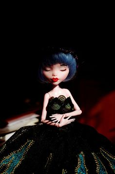Monster high repaint _ Sleeping beauty | Flickr - Photo Sharing!