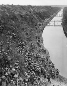 British troops cross the St. Quentin Canal, during the battle with the same name, France, 1918.