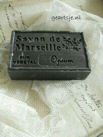 Soap Melt And Pour, French Soap, Savon Soap, Soap Supplies, Soap Tutorial, Soap Stars, Black Soap, Soap Base, Organic Soap