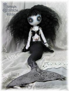 Gothic mermaid doll - Divina Darkwater