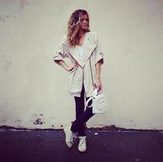 Rainy Day @sheinside @isabelmarant @twinset on www.marieandmood.com Look I Ootd I Mode I Rainy day I Style I French blogger I Fashion I Summer I July
